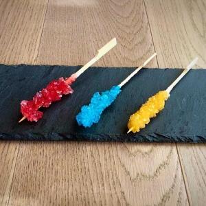 bastoncini con cristalli di zucchero