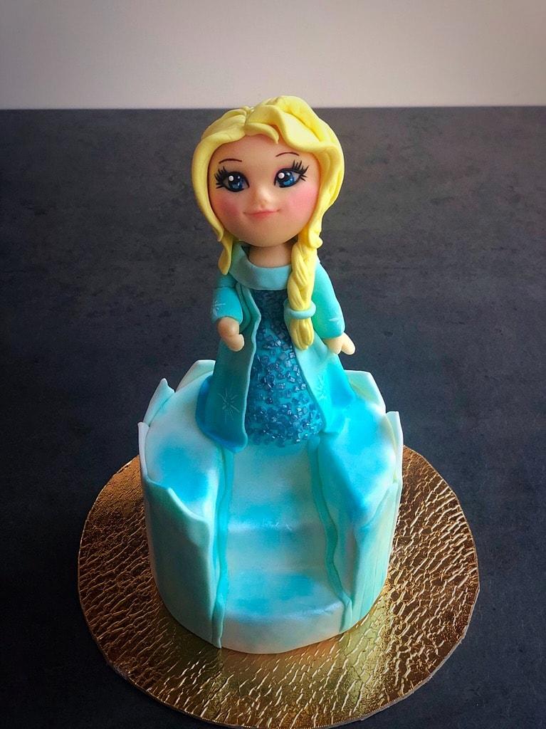 Elsa vista frontale