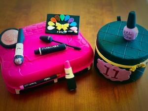 make up, elementi per la torta