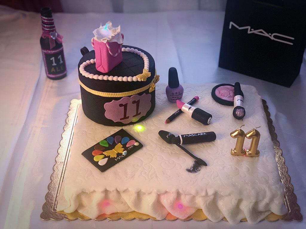make up cake con sfumature di luci