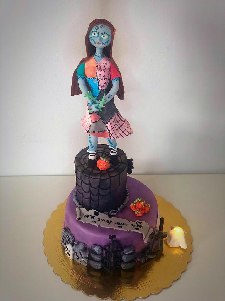 Sally torta completa