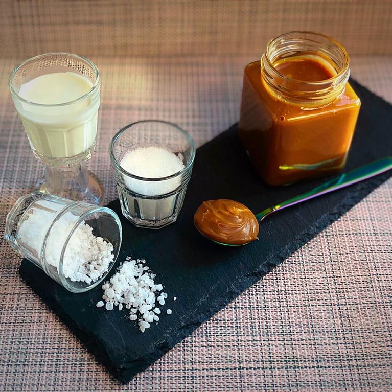 caramello salato in barattolo e ingredienti
