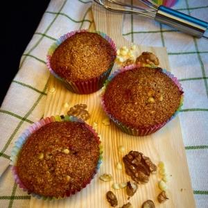 muffins integrali con noci e cioccolato bianco